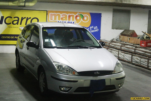 ford focus automatico