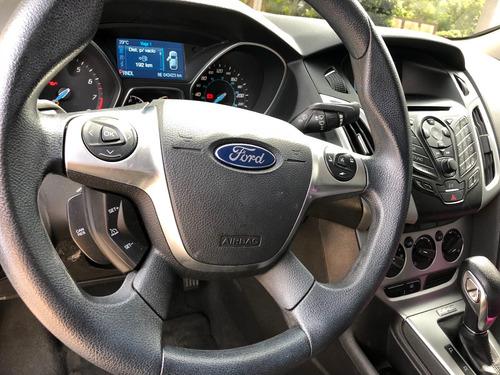 ford focus automático
