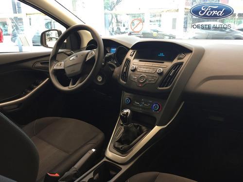 ford focus autos