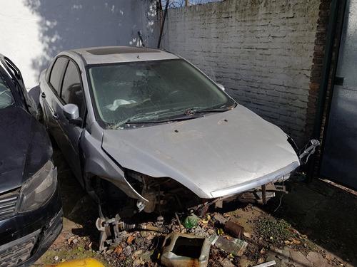 ford focus  chocado dado de baja !!!!!