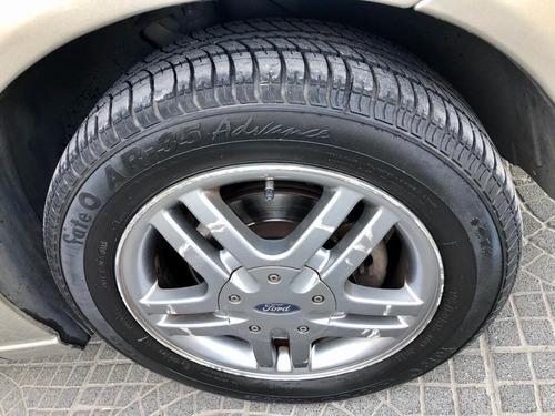 ford focus edge 2.0 impecable con 140.000 km   gonzaarram