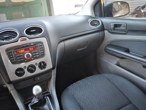 ford focus exe sedan 1.6 - año 2011 - 165.000 km