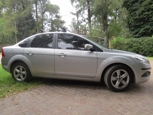 ford focus exe trend 1.6 naf part unico dueño