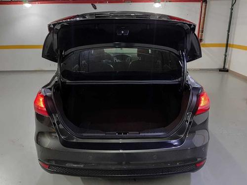 ford focus fastback se plus 2.0 flex aut. 2016 35.900km