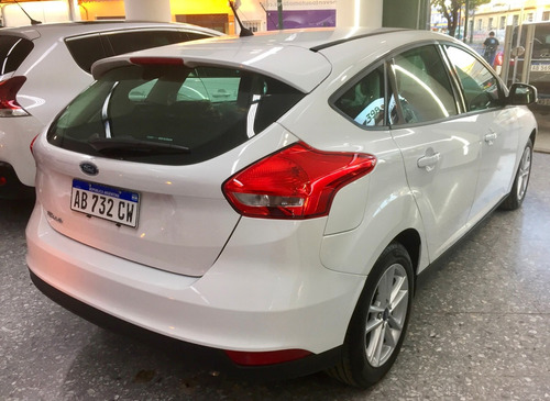 ford focus focus 2017 0.km patentado benevento automotores