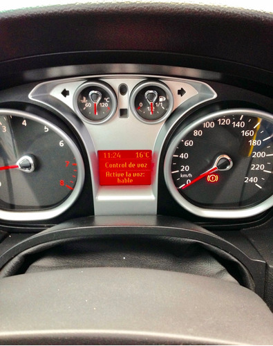 ford focus ghia 2.0l nafta 2010 full full