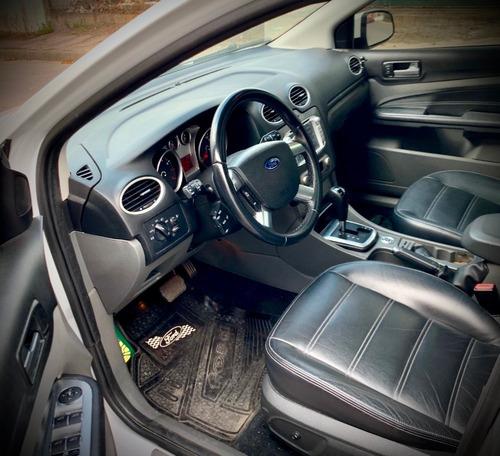 ford focus ghia extra full automático 2011. excelente estado