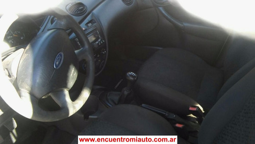 ford focus gnc full 1.6 impecable    ricci