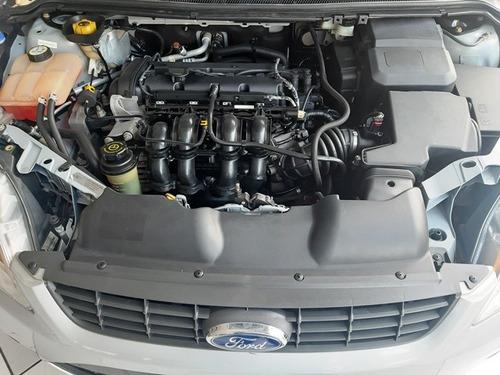 ford focus hatch 1.6 gl 16v flex 2012