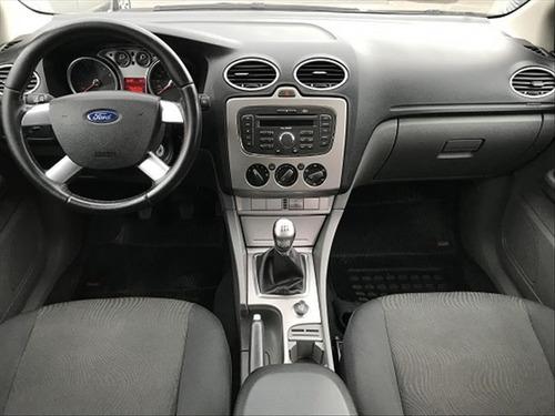 ford focus hatch 1.6 glx 16v 2012