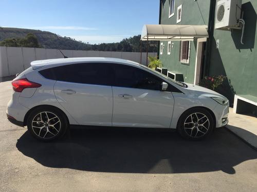 ford focus hatch 2.0 titanium plus flex 4p