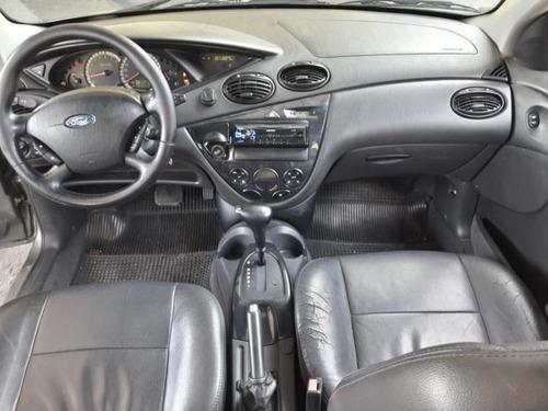 ford focus hatch  ghia 2.0 automático