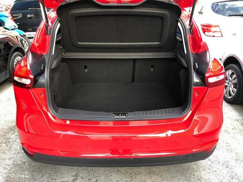 ford focus hatch  se 1.6 16v tivct flex manual