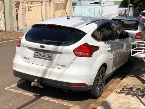 ford focus hatch titanium plus