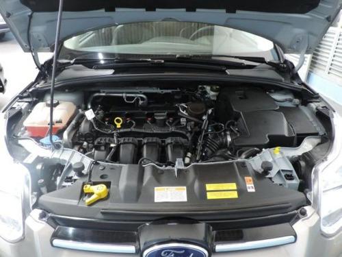 ford focus hatch, versao titanium, motor 2.0, ano 2015.