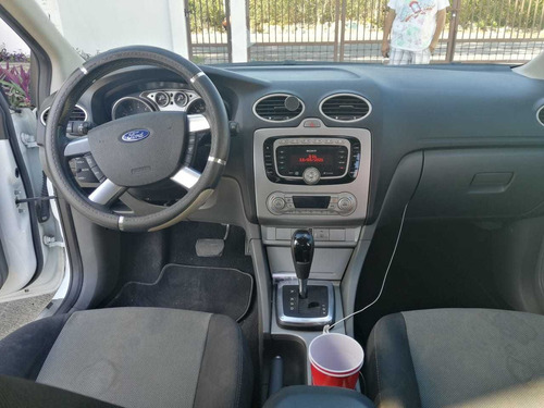 ford focus hb sport at 2011