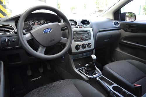 ford focus ii 1.6 2011 unico dueño / 110 mil km - permuto