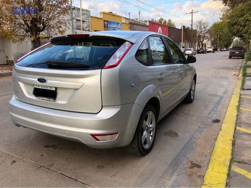 ford focus ii 1.6 trend   unica mano impecable tatomacaya