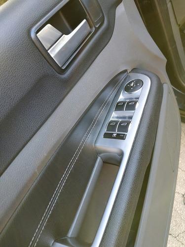 ford focus ii 2.0 exe sedan ghia 2010
