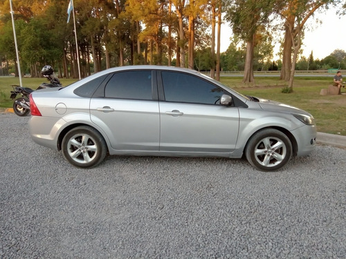 ford focus ii 2.0 exe sedan trend plus 2009