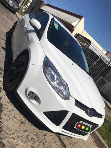 ford focus ii 2.0 se plus