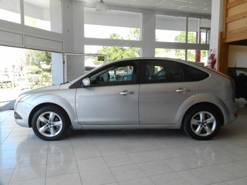 ford focus ii 2.0 trend 2011