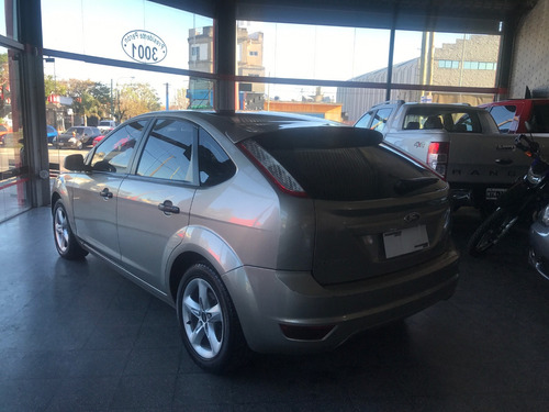 ford focus ii 2010