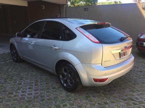 ford focus ii 2011 2.0 ghia mt