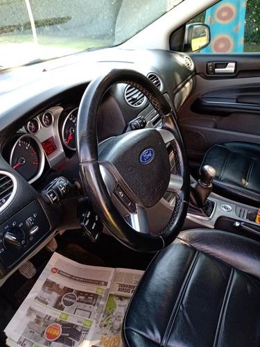 ford focus ii 2012 2.0 ghia mt