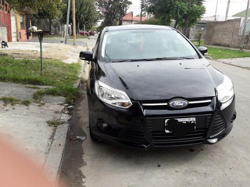 ford focus iii 1.6 l nt sedan 5