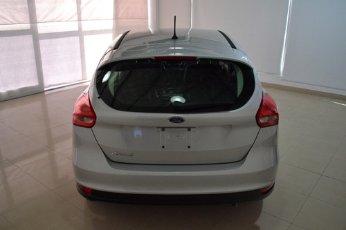 ford focus iii 1.6 s 5 puertas 2018 0km / focam da