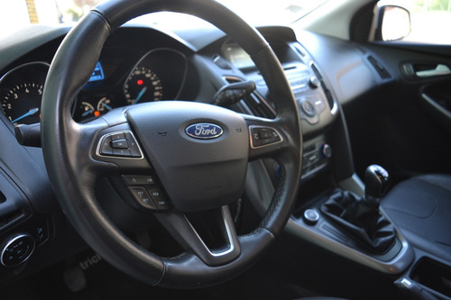 ford focus iii 2.0 se 2016 / 50.000km / cuero+climatizador