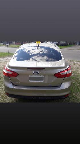 ford focus iii 2.0 sedan se 2013