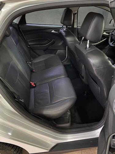 ford focus iii 2.0 sedan se  mt 2016