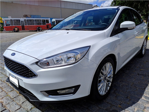 ford focus iii 2.0 sedan se plus at6 año 2015 impecable !!!