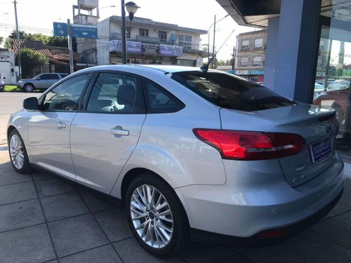 ford focus iii 2.0 sedan se plus mt 2016 46651764
