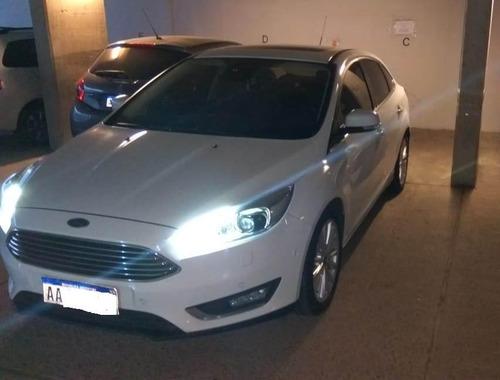 ford focus iii 2.0 sedan titanium at6 2016