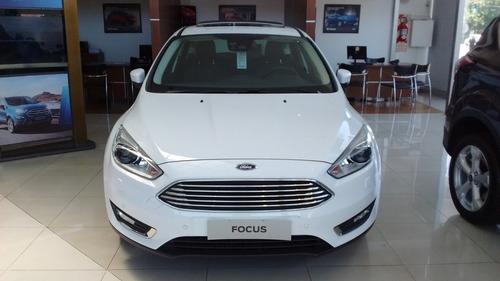 ford focus iii 2.0 titanium at 0km 2018 01