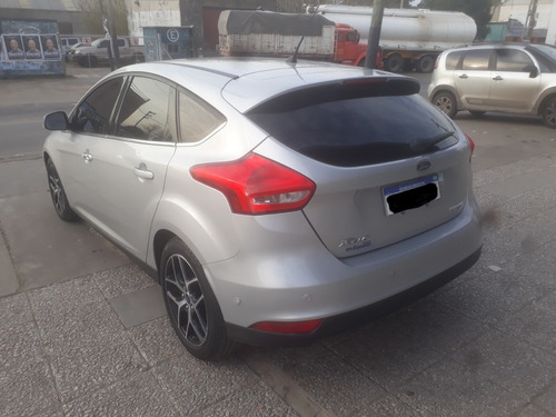 ford focus iii 2.0 titanium at6 impecable,service of permuto