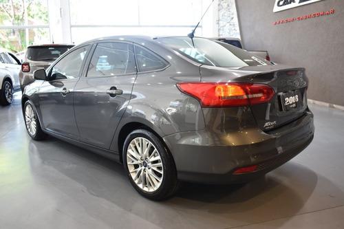 ford  focus iii  2016  2.0 sedan se plus mt