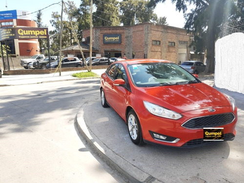 ford focus iii 4p (2.0)n  se  mt 2015 rojo