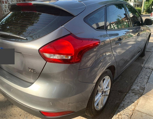 ford focus iii motor 1.6 5 puertas gris 2018 único dueño