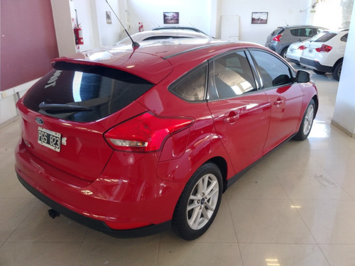 ford focus iii s 1.6 nafta 5ptas año 2015 color rojo