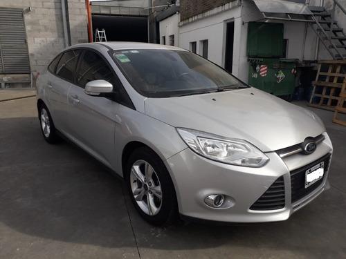 ford focus iii sedan se plus 2.0