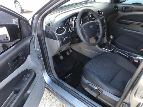 ford focus il1.6 exe sedan style 2011