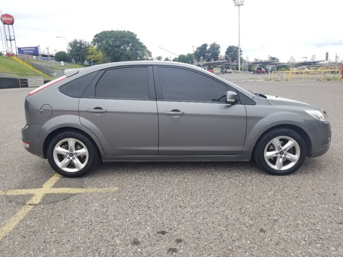 ford focus ln 1.6 5p trend 2013
