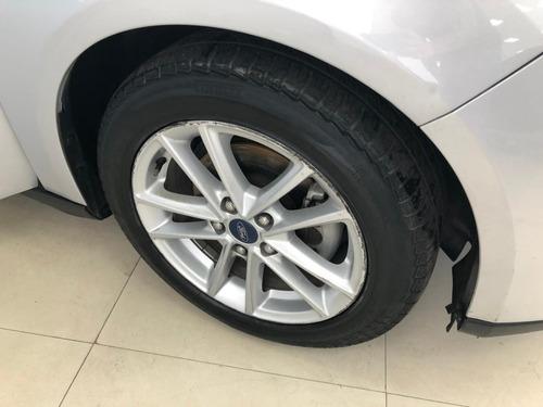 ford focus s 1.6 año 2017 color gris c/gnc