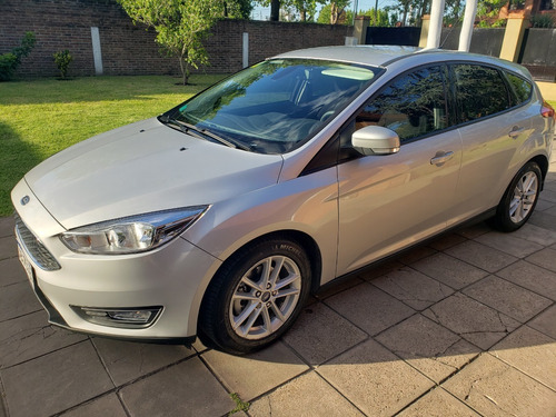 ford focus s 2017
