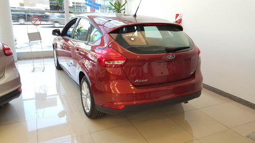 ford focus s 5 p 0km