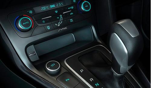 ford focus se 0km 2017 5 puertas